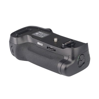 Meike MK-D500, motsvarande Nikon MB-D17