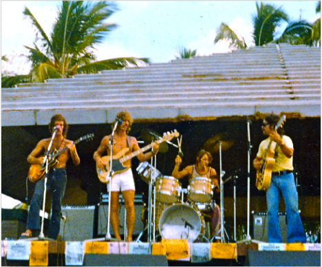 bright-eye-band-a-beachn-concert.png