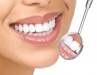 بهترین قیمت خدمات دندانپزشکی را از کلینیک دندانپزشکی دکتر احمد دریافت کنید