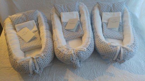 Babynest Greta blå torpa mönster