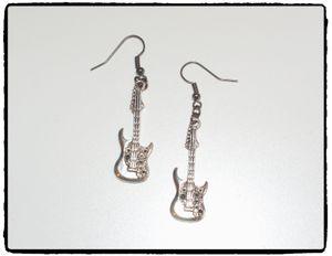 Örhängen - GiTARR