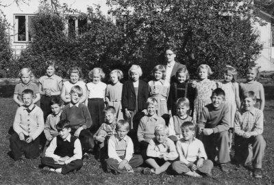 hakan-skolkort-irsta-ca1952.jpg