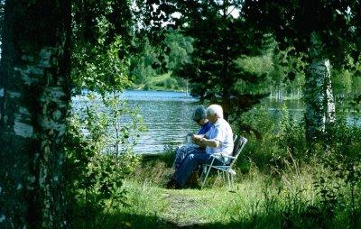 fika-vid-lillalven-park.jpg