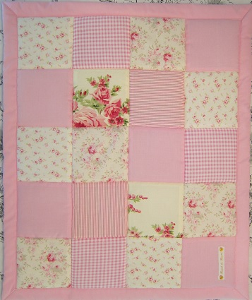 rosa lapptäcke baby
