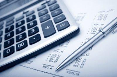 ist2-5855098-financial-planning.jpg