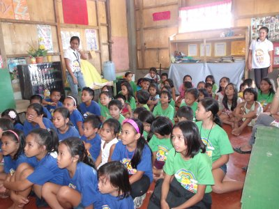 KKC Iligan provide the children in Santa Elena Village Philippines with bible lectures