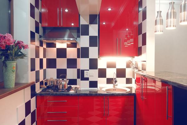 modernt kök i lägenhet