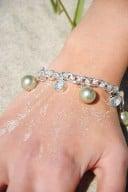 Armband pärlemor/ljusgrön1