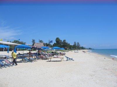 kim-beach1.jpg