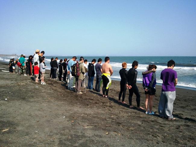 『Ocean Blue Day』のセレモニーが行われ、日本中のサーファーが心を一つにした!