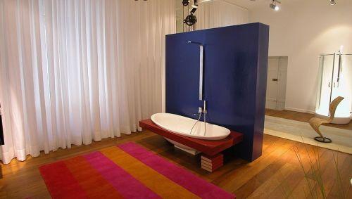 trägolv i badrummet