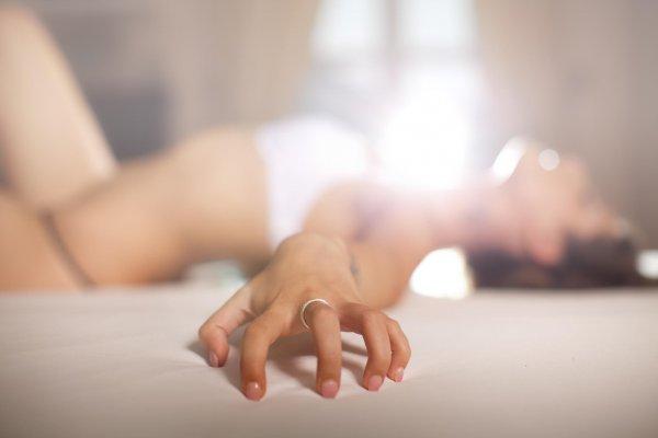 Tips hur kvinnan får orgasm under samlag.