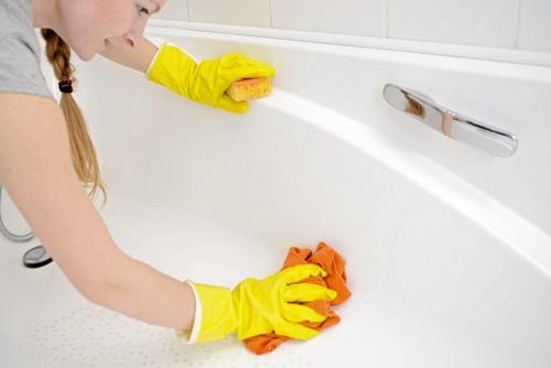 Rengöring av badkar