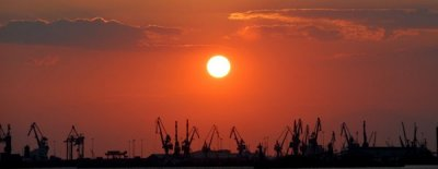 Thessalonikis hamn...