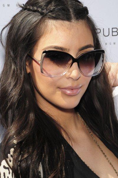 kim kardashian-solglasögon.jpg