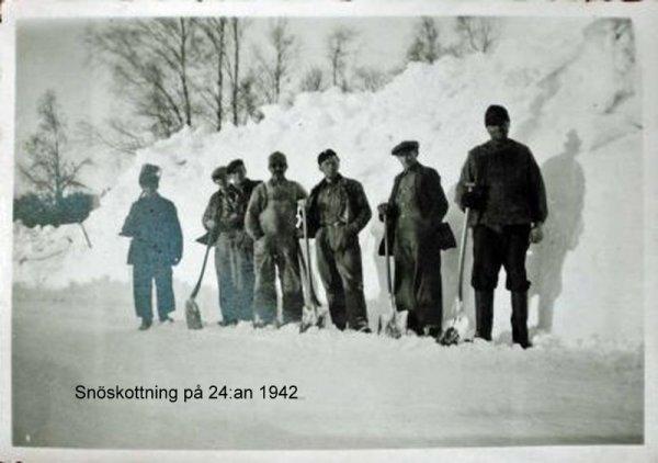 107-snoskottning-pa-24-an-1942.jpg