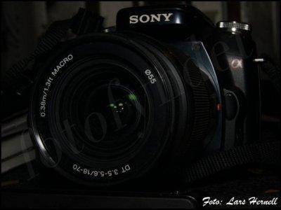 Sony DT 18-70mm 1:3.5-5.6 med 55mm filtergänga