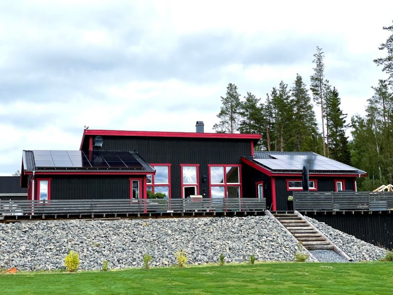 Vi installerar solceller i Östersund med omnejd.