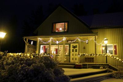stora-huset-fasad-vinter.jpg
