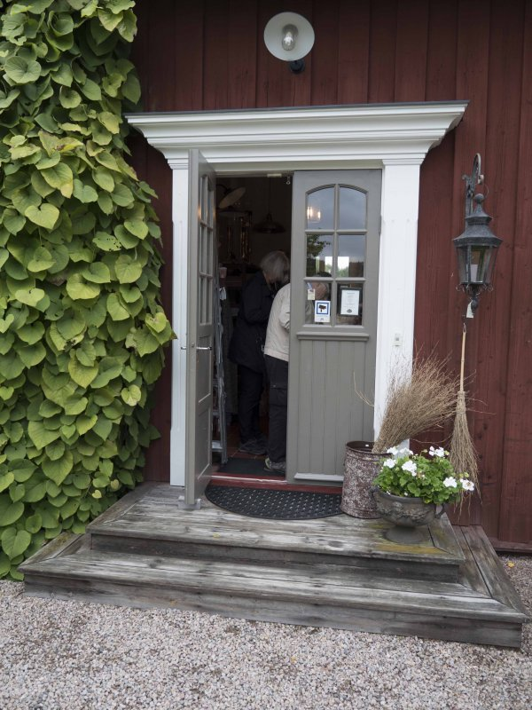 Fika vid Lidgården
