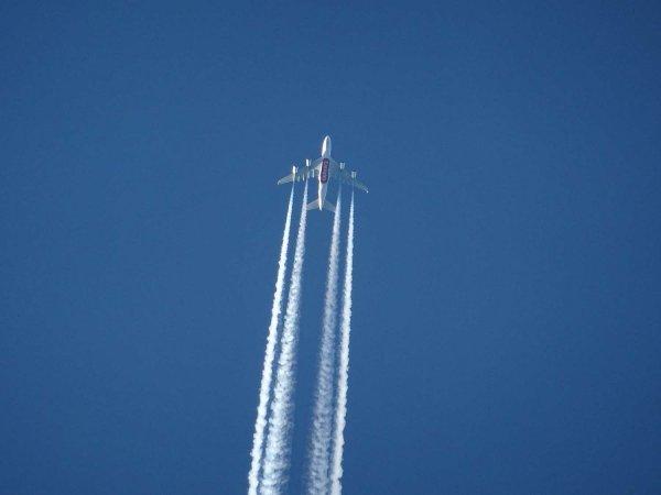 Bild på ett flygplan