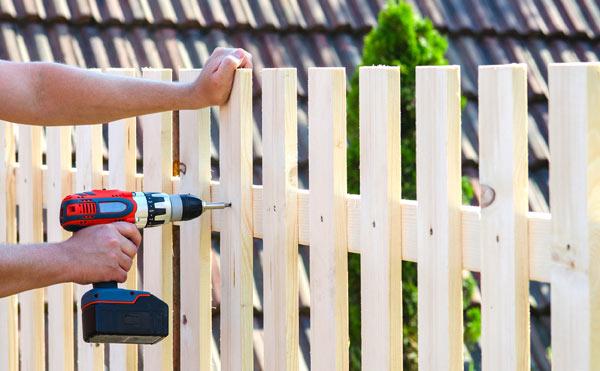 regler för att bygga staket