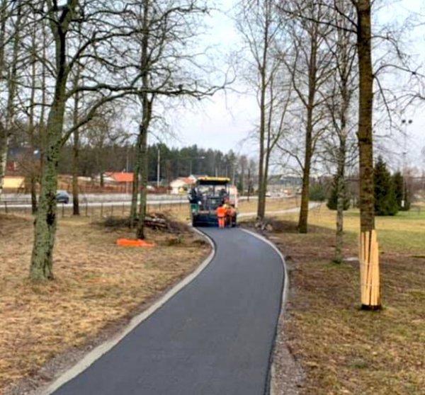 Vi utför alla typer av professionella asfalteringar i Enköping.