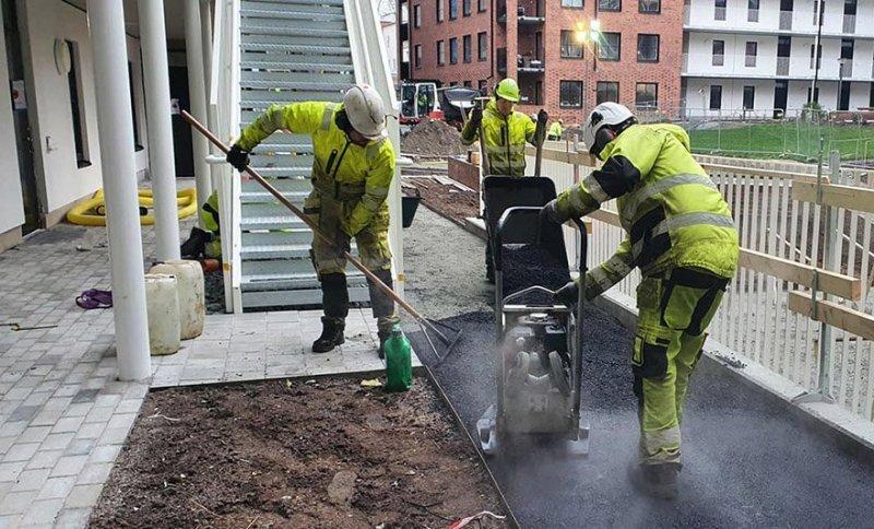 Hör av dig till oss när du behöver professionell läggning av asfalt i Uppsala.