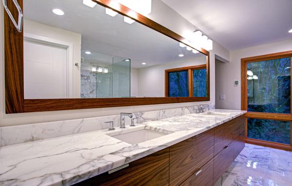 badrum i marmor