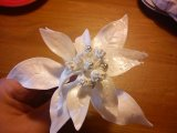 white poinsietta made from flowerpaste