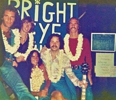 bright-eye-band-bully-hayes-1977.jpg