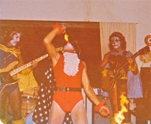 bright-eye-band-halloween-fire-1977.jpg