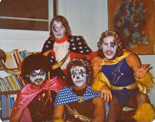 bright-eye-band-halloween-1977.jpg