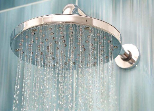 Rinnande dusch