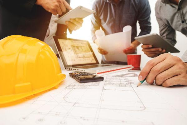 partners samarbetar vid byggprojekt