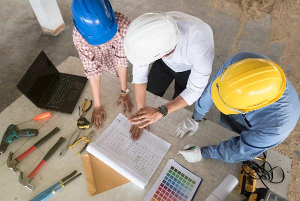 byggledare med totalentreprenad