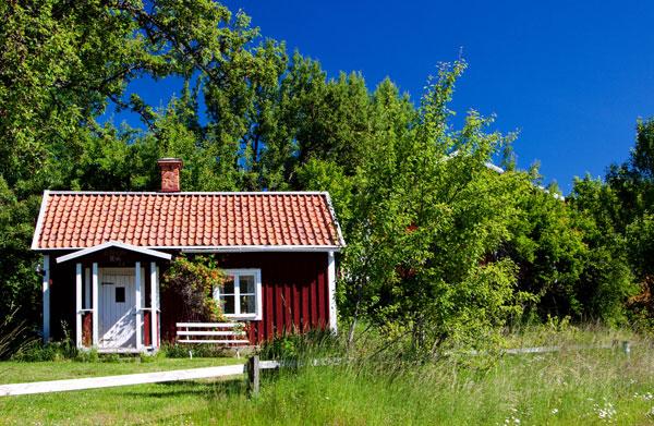 rött fritidshus i Sverige