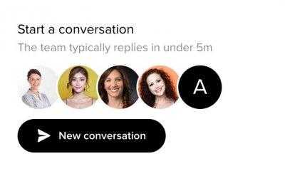 Hjalp via live chat