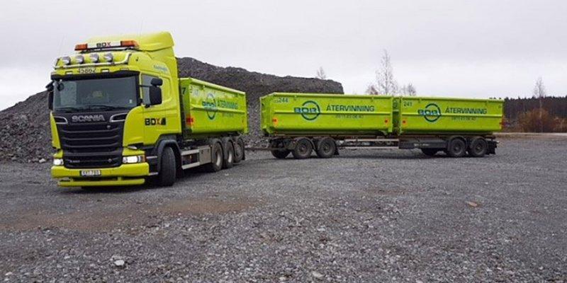 Hyr en lastväxtare med släp när du behöver en container i Piteå.