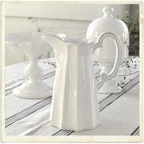 Tillbringare i vit keramik, kantig form