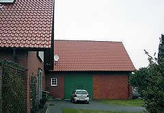 Dachdecker für Minden mit Solartechnik Minden wie Photovoltaik und Solar Minden. Bedachungen im Raum Minden vom Dachdecker Porta Westfalica.
