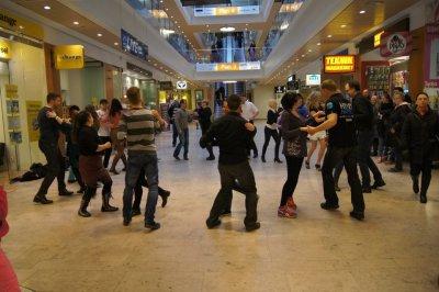 Salsa Flash Mob Södertälje
