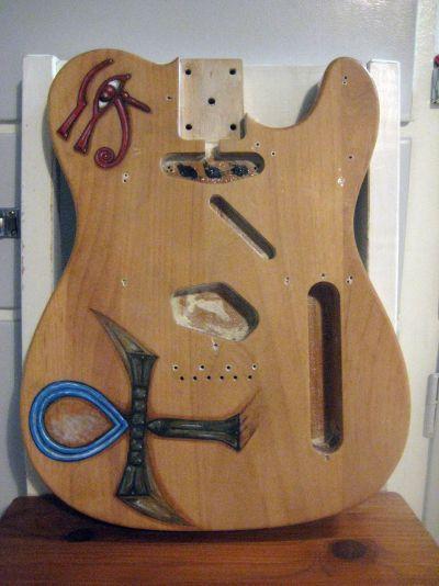 malad-gitarrkropp.jpg
