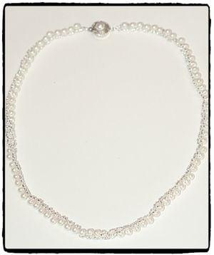 Halsband - Brud i vitt