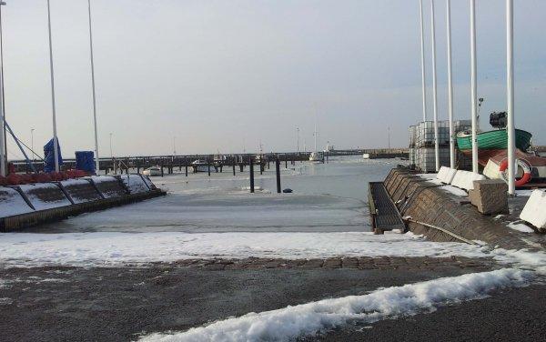 /vinter-hamn.jpg
