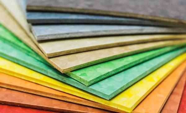 rengöra korkmatta olika färger och material