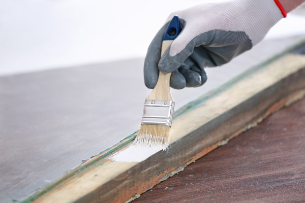 måla gamla fönster