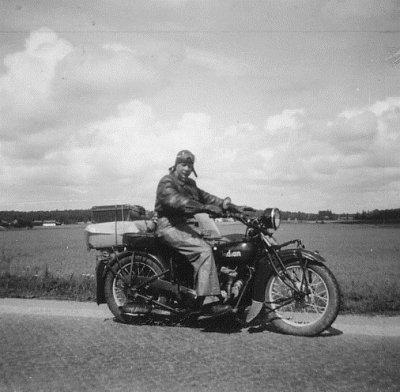 /gg-pa-indian-1951.jpg