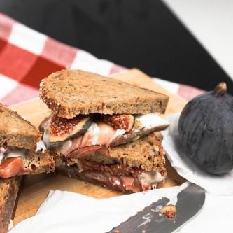 ziegenkaesefeigensandwich