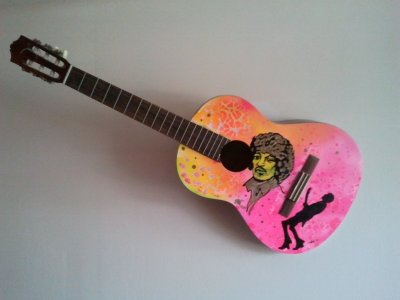 jimi-hendrix-painted-guitar-2.jpg